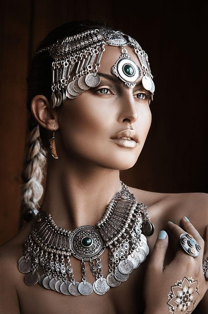 com-jewelry-graceful